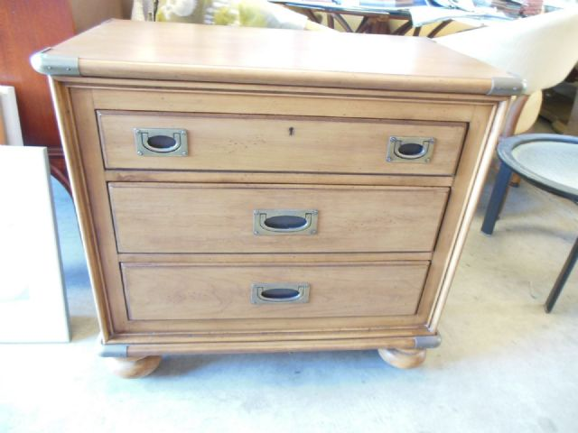 Vasey Upholstery High End Consignment Furniture Upholstery Service Foam Supplies Kailua