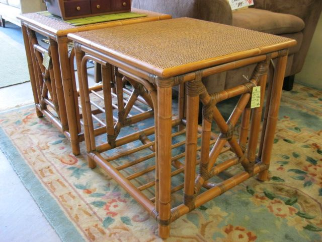 Vasey upholstery high end consignment furniture for Furniture consignment bellevue