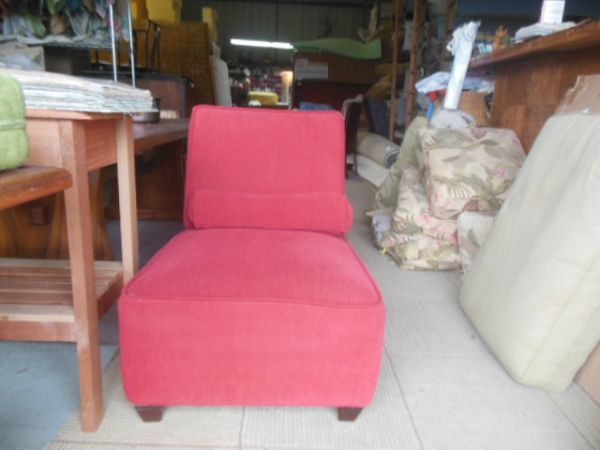 Amazing High End Consignment Furniture, Upholstery Service, Foam, Supplies. Kailua  Kona Hawaii, Bellevue Seattle Washington.